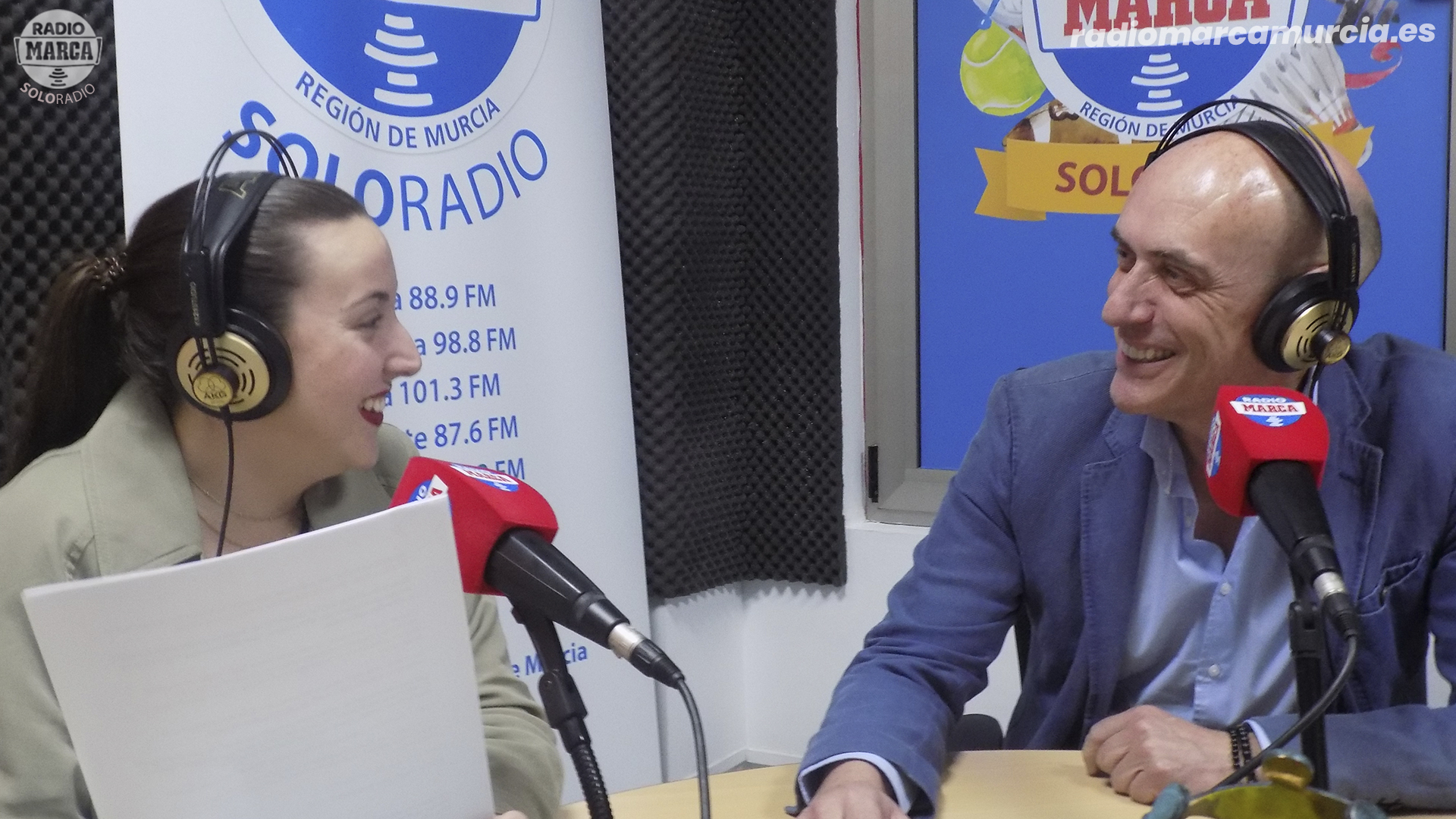 José Fulgencio y Helena Buendía en Dimovil Marca Motor
